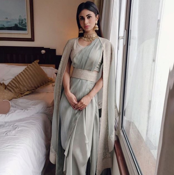 A Peek Into The Style File Of Mouni Roy - Best blogs For Wedding Trends,  Fashion and Lifestyle